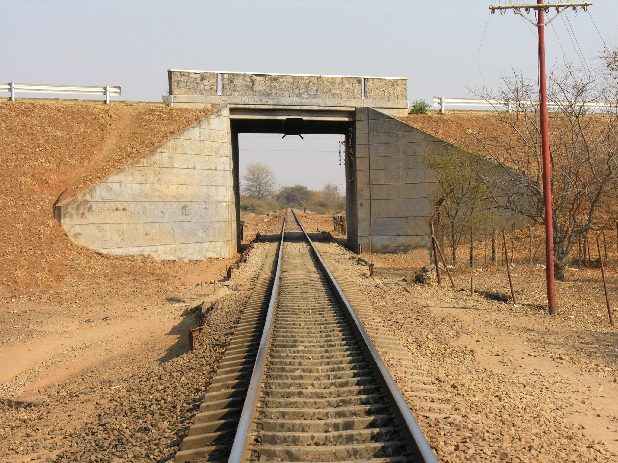 Rutenga-Road-over-Rail-Bridge-2-R__1440479612_154.66.113.34